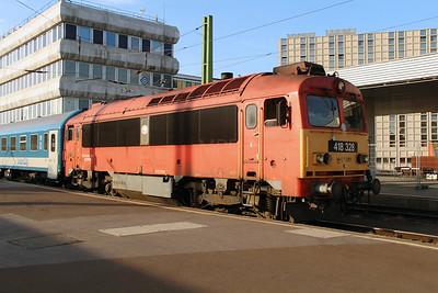 418 328 (92 55 0418 328-4 H-START) at Budapest Deli on 30th June 2014 (3)