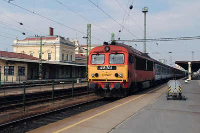 418 301 (92 55 0418 301-1 H-START) at Szombathely on 24th March 2015 (1)