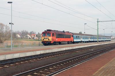 418 320 (92 55 0418 320-1 H-START) at Zalazentivan on 24th March 2015 (1)
