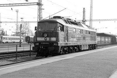 GySEV, 651 004 (92 53 0651 004-9) at Szombathely on 24th March 2015 (5)