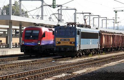 2) V63 024 at Budapest Kelenfold on 11th October 2010