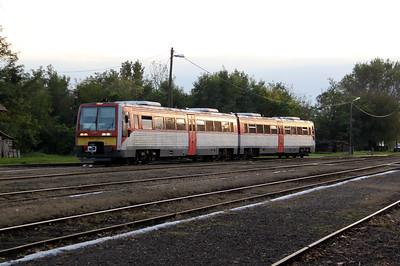 6341 005 at Lakitelek on 6th October 2010 working 37123, 1641 Kecskemet to Lakitelek