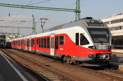 5341 050 at Budapest Deli pu on 11th October 2010