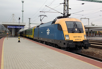 2) 1047 005 at Budapest Kelenfold on 4th October 2010