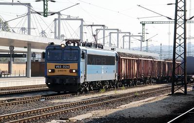 1) V63 024 at Budapest Kelenfold on 11th October 2010