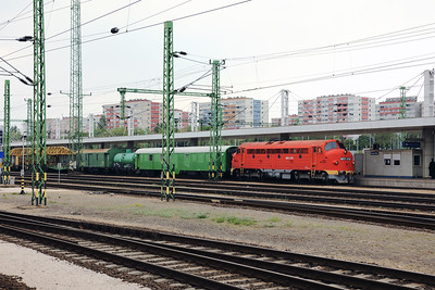 MNOS, M61 019 (92 55 0618 019-7 H-MNOS) at Budapest Kelenfold on 3rd May 2017 (2)