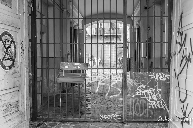 Laundry Behind Bars