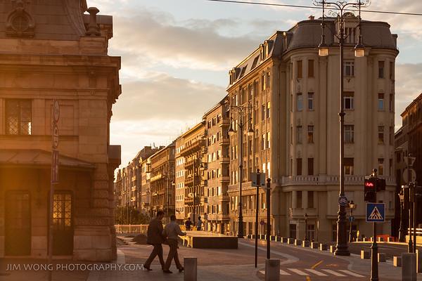 Alkonyat, Budapest
