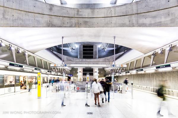Kálvin tér metro, Budapest