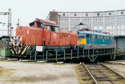 2) M43 1031 at Szekesfehervar Depot on 8th October 2003