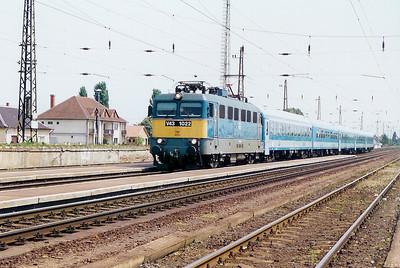 V43 1022 at Kal Kapolna on 13th May 2002