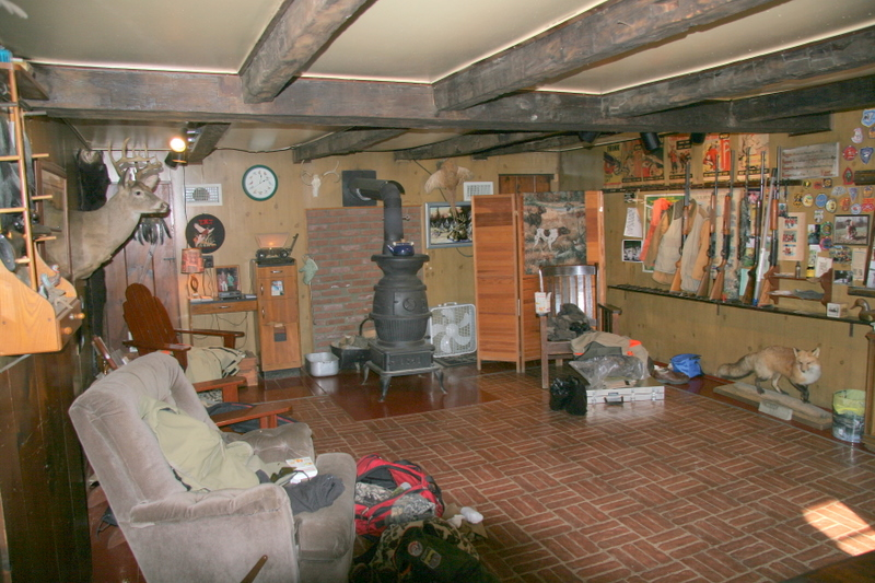 This is the main room of the lodge at TMT.  It is very cozy and warm.  This is where you can store your gear and relax before and after the hunt.  The lodge is very clean and well maintained.  Tom Mackin and his crew are very friendly and considerate of all your needs.