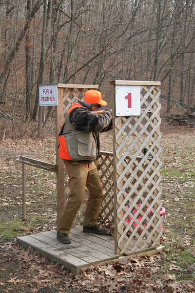 Artie Cipoletti giving it a go at Station 1 on this really nice 15 stand sporting clays course.