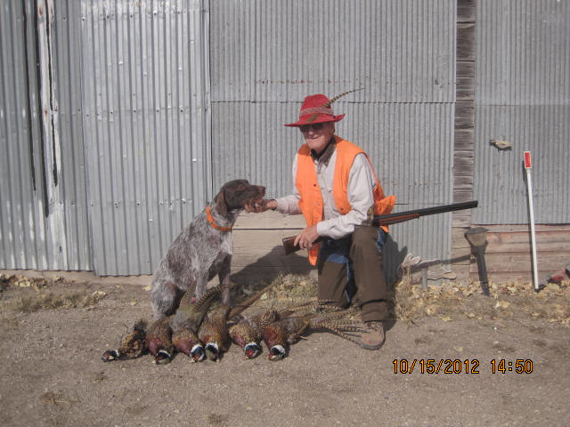 Fowler and dogless friend Chuck Luscombe<br /> Fowler of Dutchman's Hollow; owned by Steve Smith<br /> photo by Steve Smith