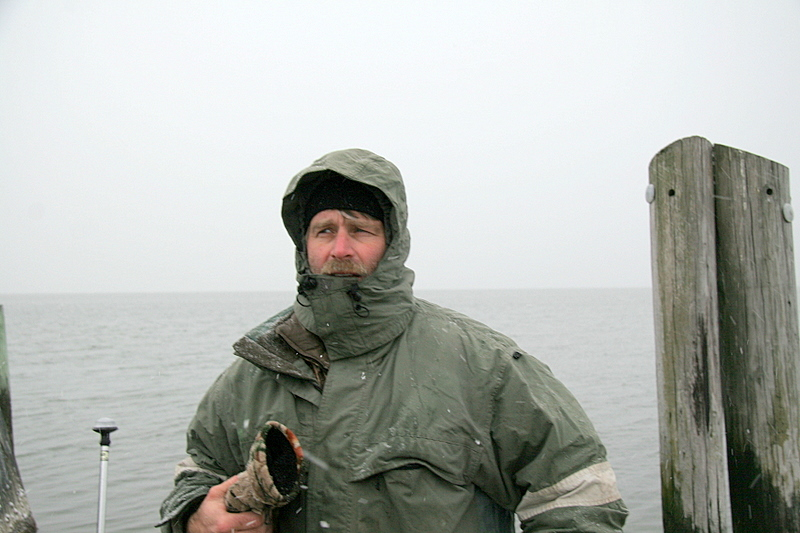 12/2/2007<br /> <br /> Today was a hunt on the bay with Bill MacDougal and his dog Bridie.<br /> <br /> Conditions were good with light snow and cold but the birds never took flight.<br /> <br /> We saw a few but that was it.