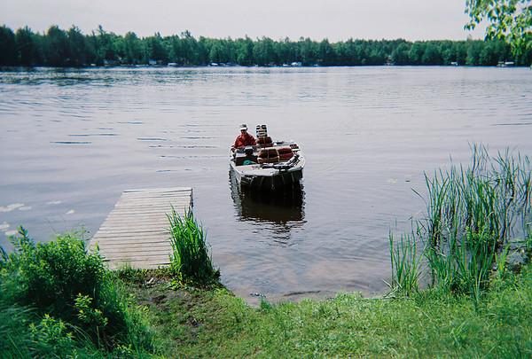 dad running boat