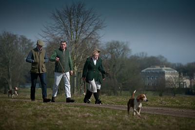 RAC Beagles visit The Burton.