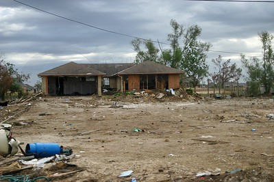 HURRICANE KATRINA 2005 -  By: Lloyd R. Kenney III © 2005