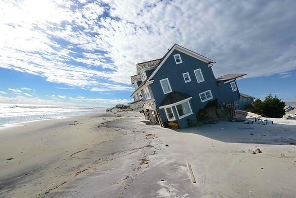 Fallen House on Mantoloking Beach DTP_1208 2