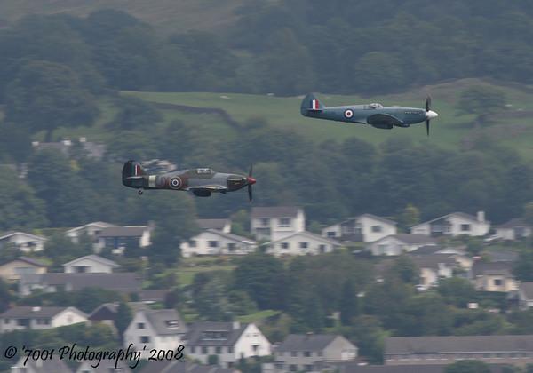 PS915 (BBMF) Spitfire PR XIX & PZ865/'JX' (BBMF) Hurricane IIC - 26th July 2008.