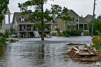 Looking down the street a couple of houses down from my own.  Check out the family in the SeaDoo.