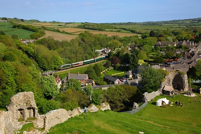 D7017 on the 1645 Swanage to Norden at Corfe Castle on the 13th May 2018