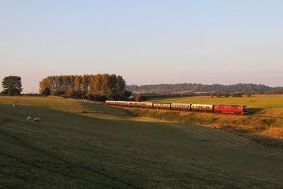 D1062 on the 1742 Bridgnorth to Kidderminster at Eardington on the 2nd October 2015