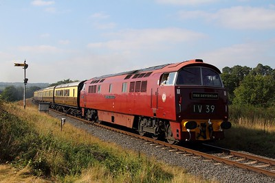 D1062 on the 1332 Bewdley to Kidderminster at Foley Park on the 2nd October 2015