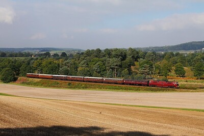 D1062 on the 1030 Bridgnorth to Kidderminster at Foley Park on the 2nd October 2015 1