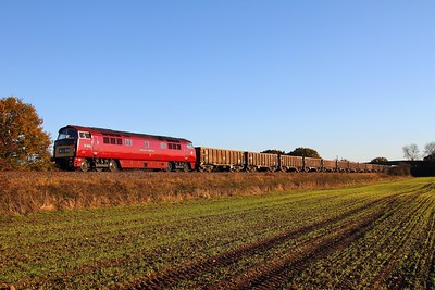 D1015 6D02 Wellingborough to Mountsorrel at Cossington on the 19th November 2013