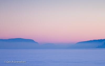 Frostrøyk over Drammensfjorden