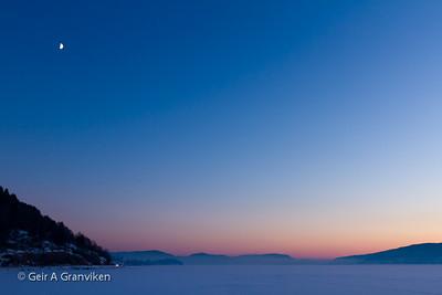 Islagt Drammensfjord en kald vinterdag