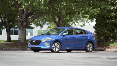 2017 Hyundai Ioniq Hybrid Parked Reel
