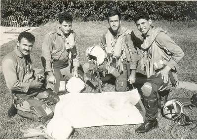 מלחמת ששת הימים משמאל: יריב, בהרב, שמיר, רוזלר