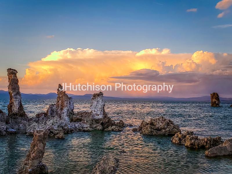 CA0010 - Mono Lake Sunset Over the Tufas