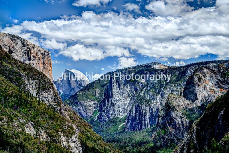 CA0012 - Half Dome Through The Valley