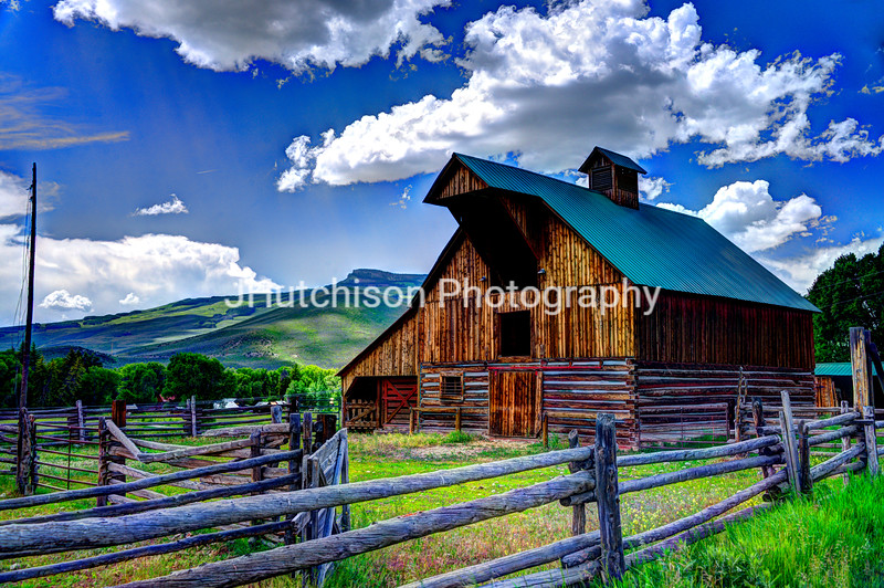 Colorado Barn Near Crested Butte