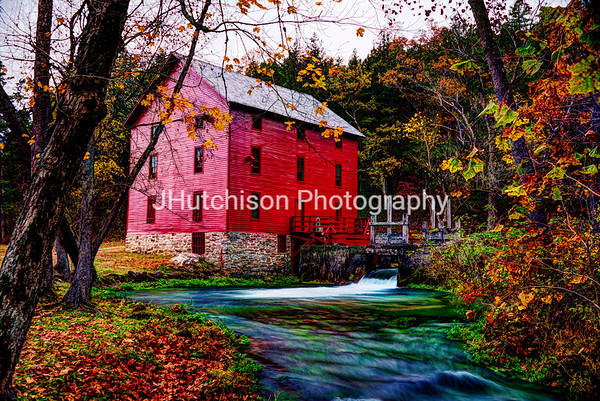 MO0023 - Alley Mill and Alley Spring near Eminence