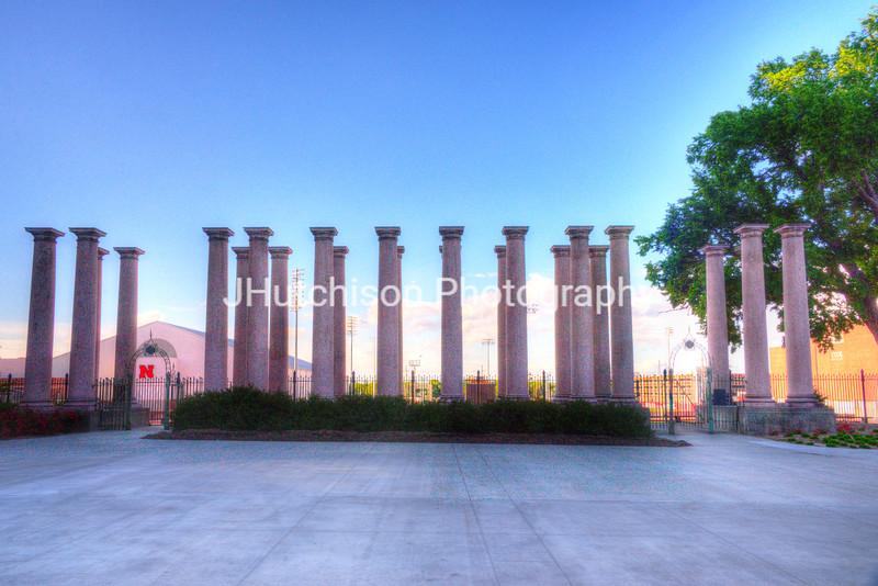 UN0002 - Historic Columns