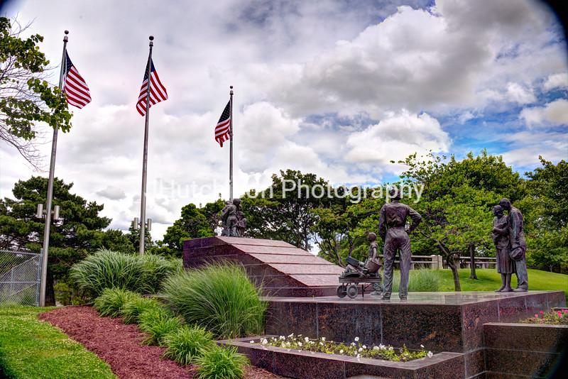 NB0008 - WWII Memorial Sculpture