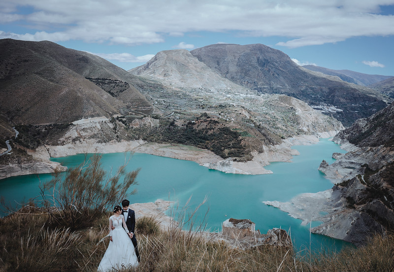 Mountain Adventurous Elopement Wedding in Andorra