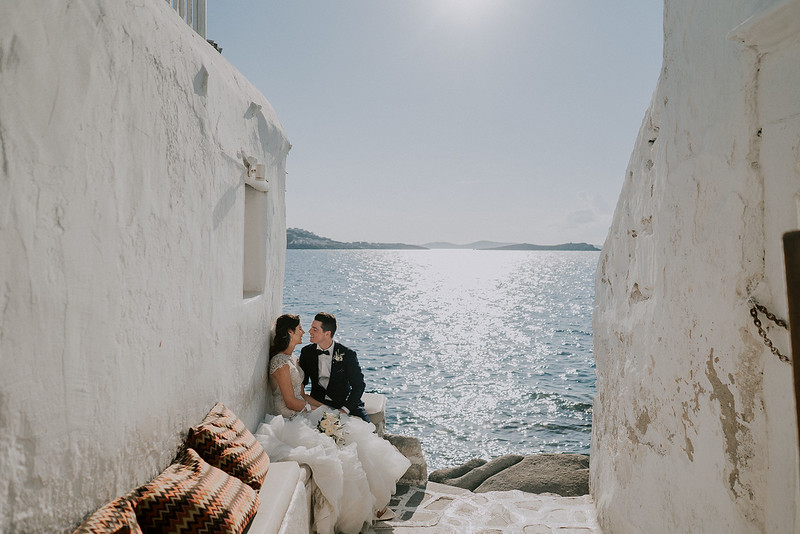Intimate beach wedding in French Riviera