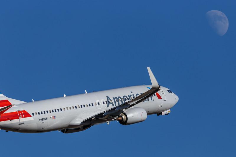American Airlines Boeing 737-800 | N988NN