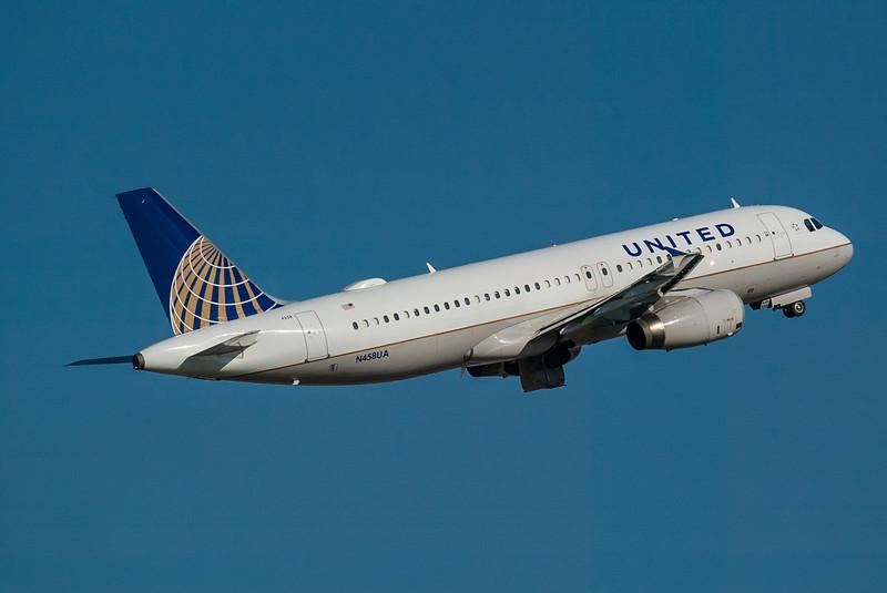 United N458UA