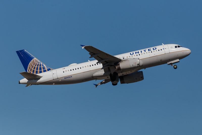 United N443UA