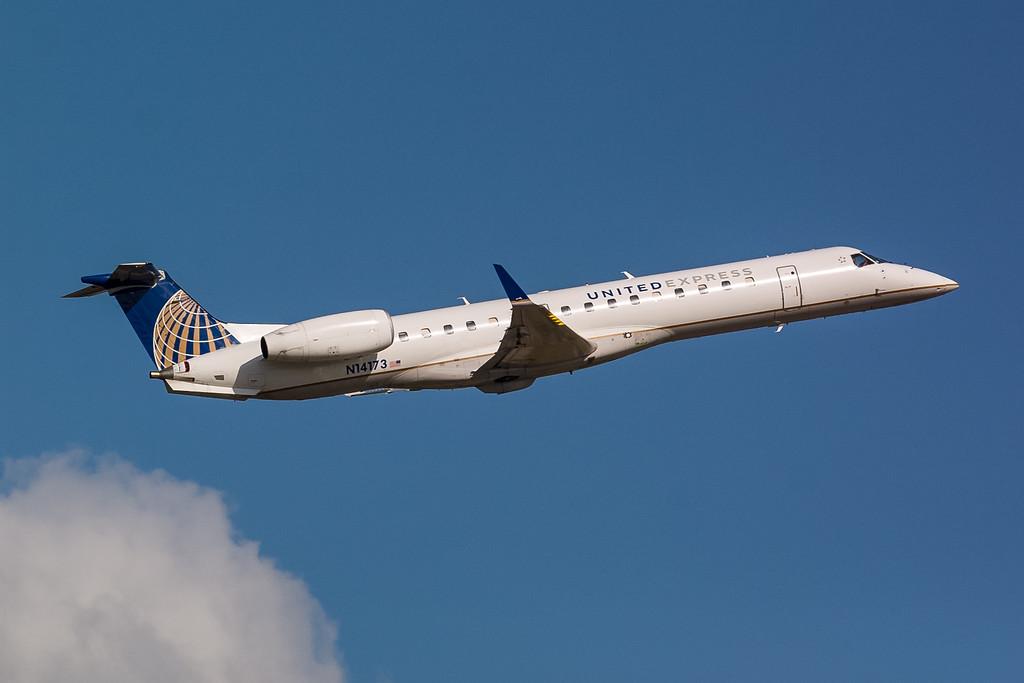 United Express N14173