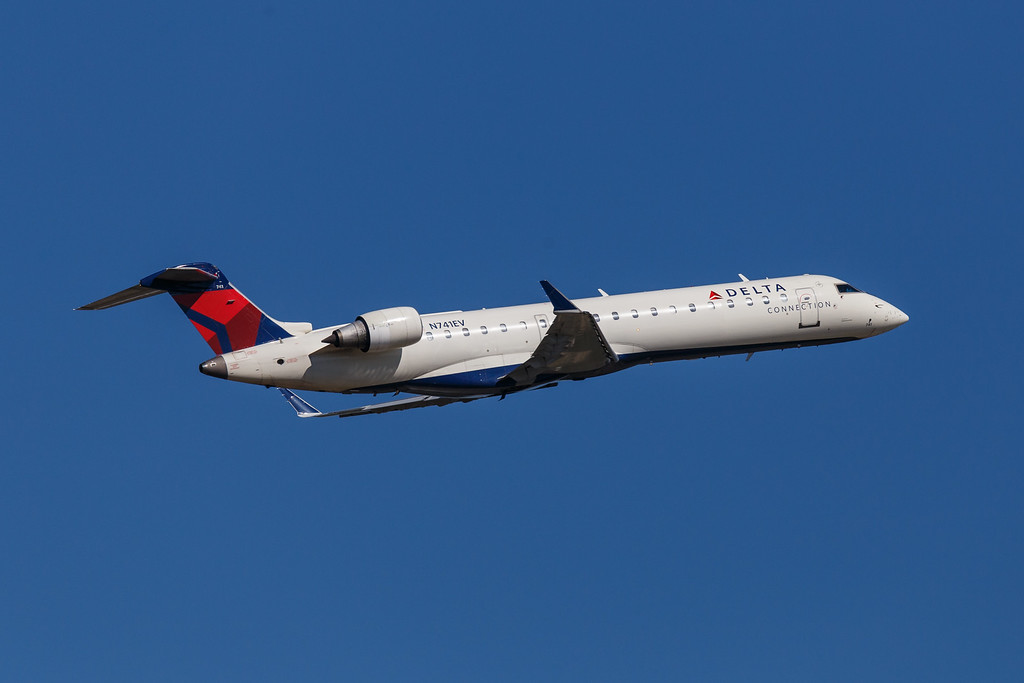 Delta Connection N741EV