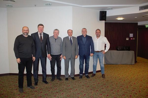 EC IAU