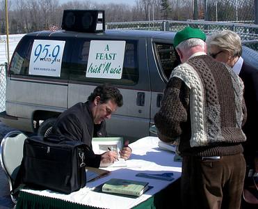 Bill Cullen signing books