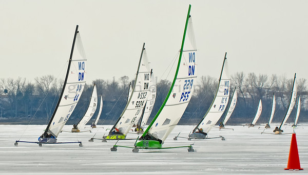 DN Worlds | Gold Fleet | Windward mark